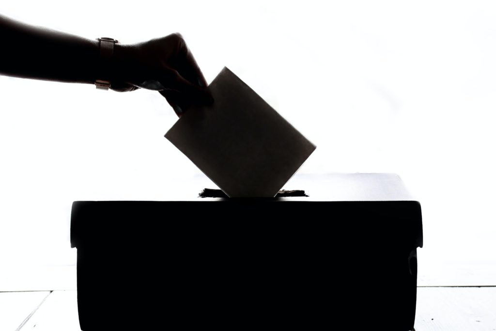 The Impacts of Early Voting